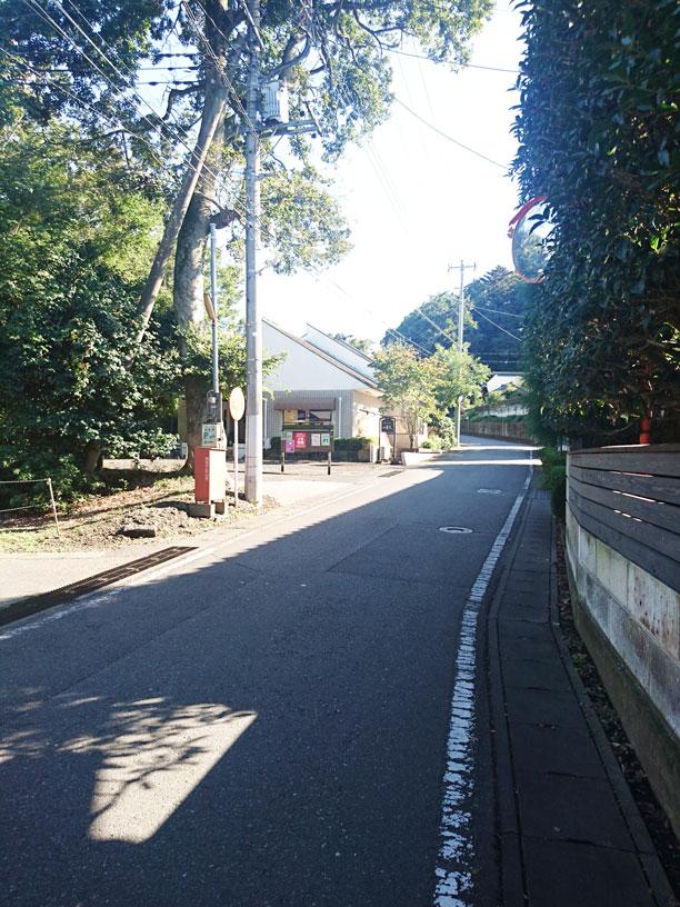 珈琲屋まめは周辺の道