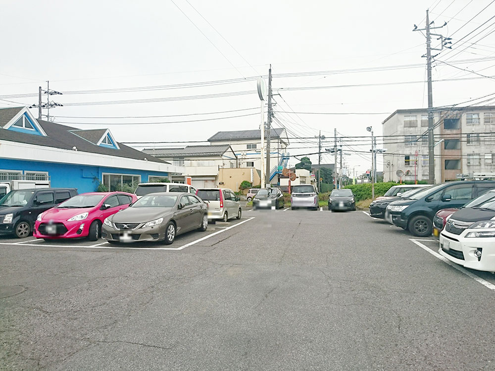駐車場はいつも満車